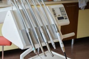 Dental Implants – Want To Know The Average Cost?